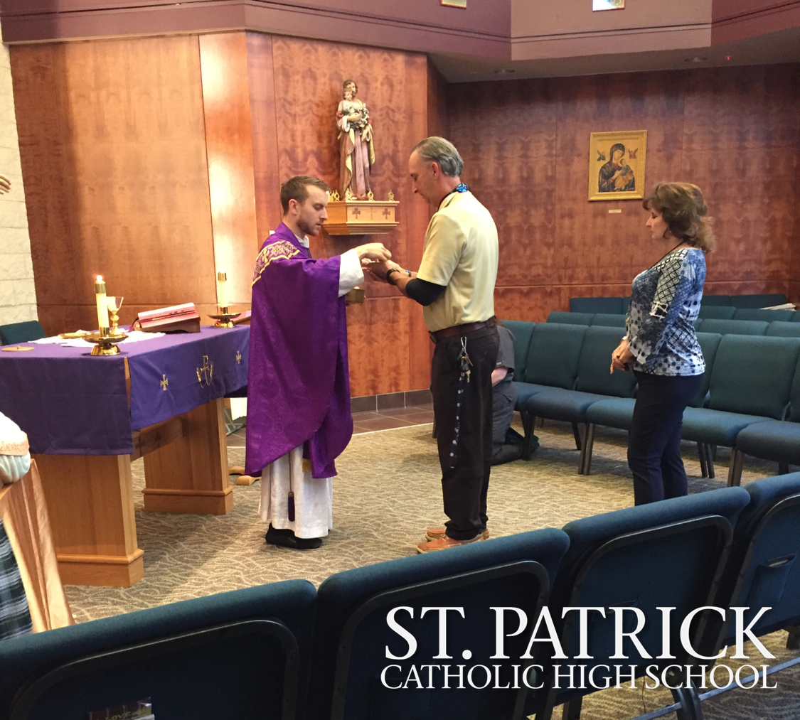 Students gather for Lenten mass