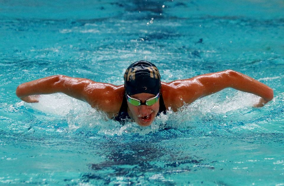 Fighting Irish Swim Team competes in Coast Invitational