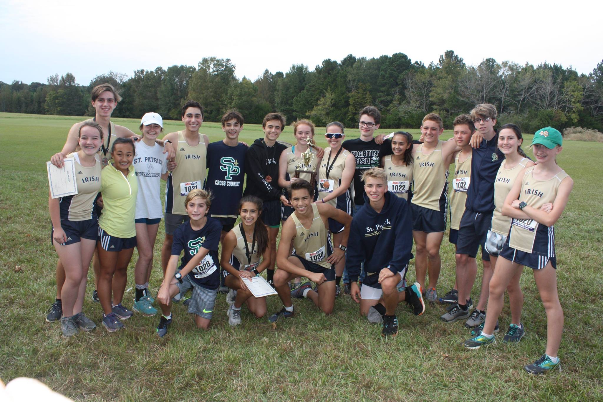 Fighting Irish Cross Country Team secures first place at MHSAA 2A Cross Country Regional Meet