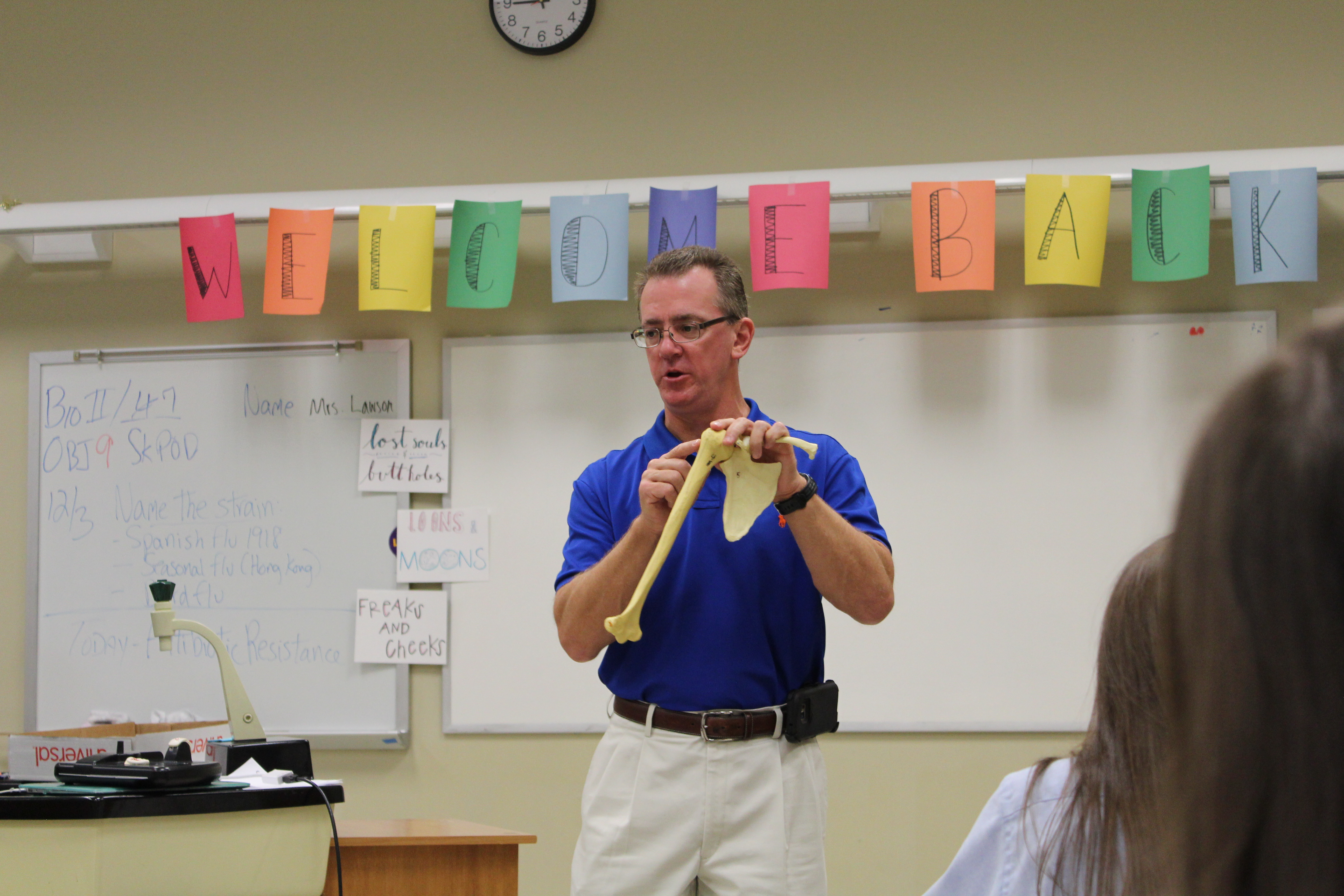 Dr. James Thriffiley speaks to Anatomy & Physiology students